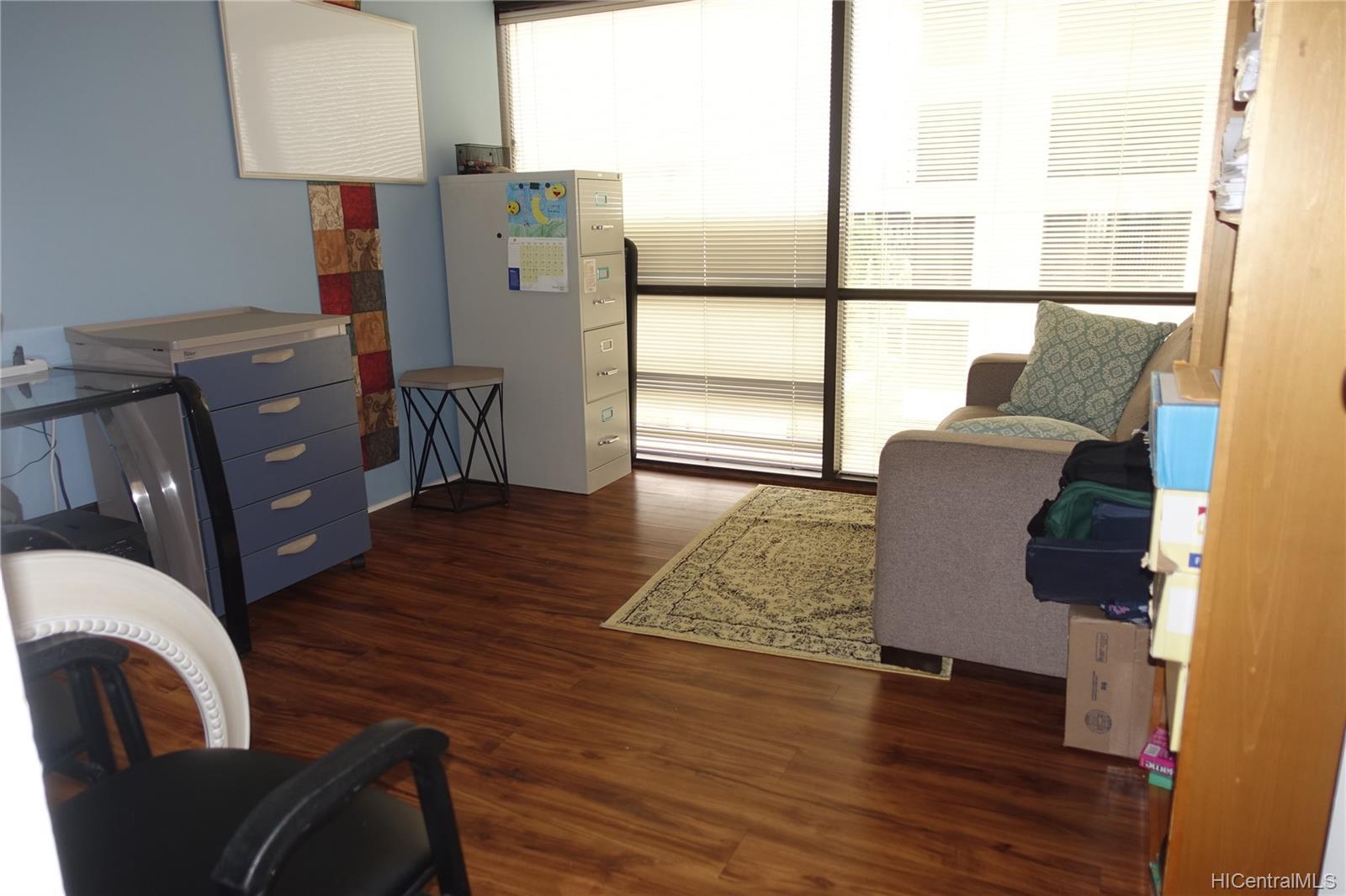 Century Square condo # 610, Honolulu, Hawaii - photo 7 of 14