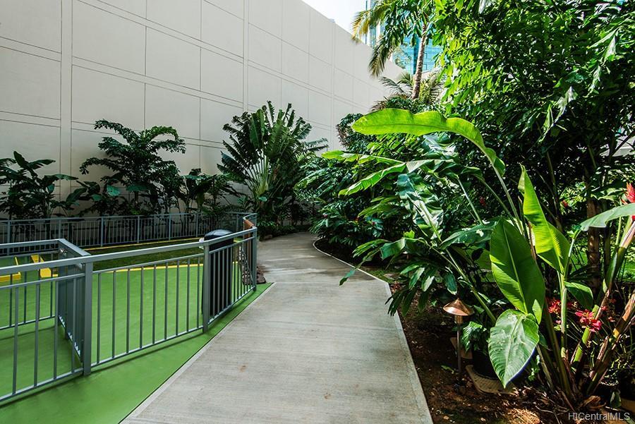 Waihonua condo # 2802, Honolulu, Hawaii - photo 23 of 25