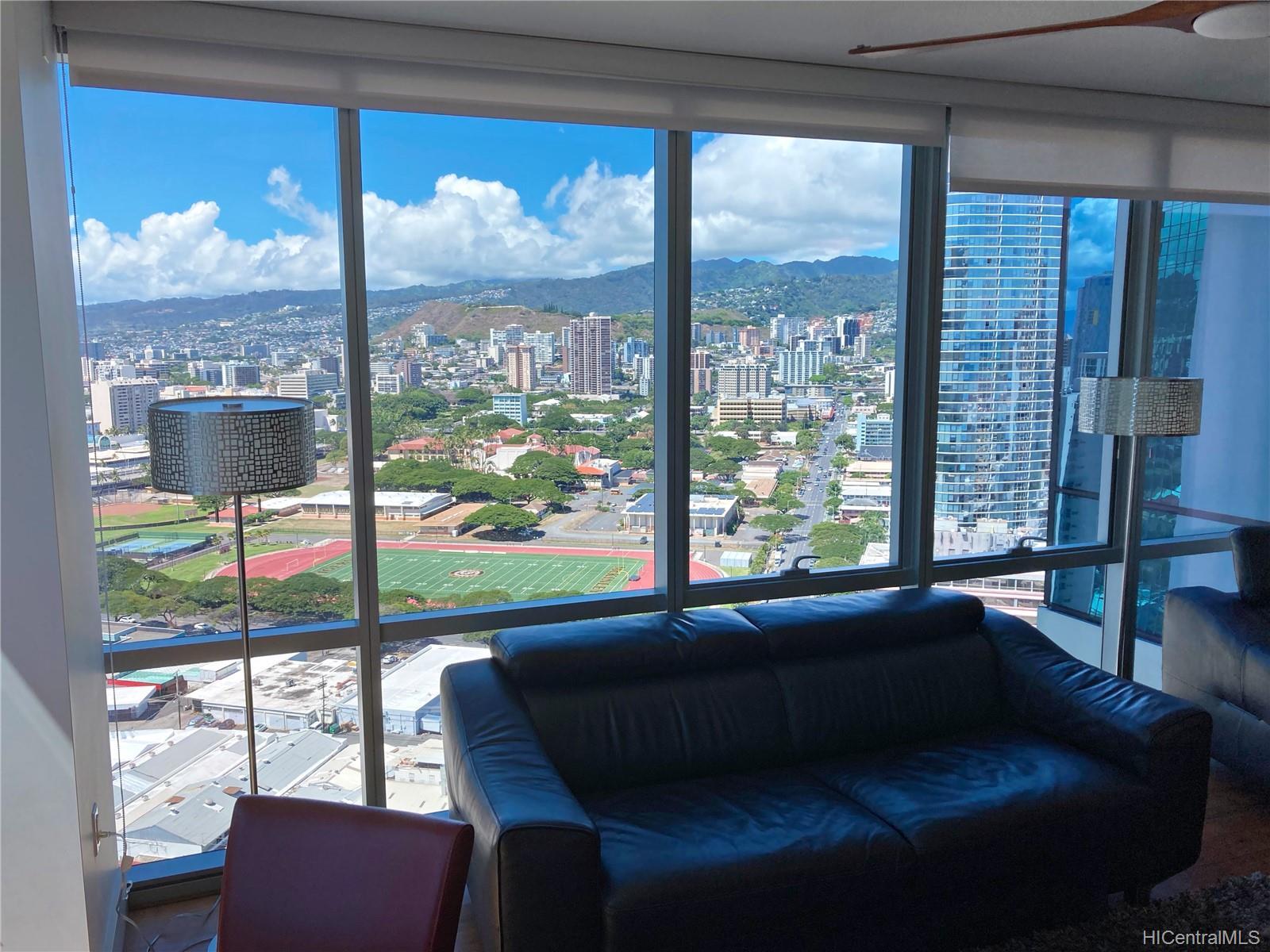 1189 Waimanu Street Honolulu - Rental - photo 4 of 14