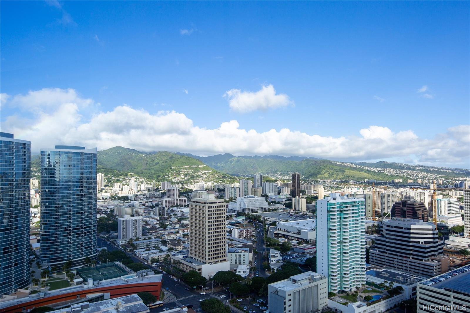 Waihonua condo # 3405, Honolulu, Hawaii - photo 13 of 21