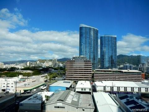 1189 Waimanu Street Honolulu - Rental - photo 13 of 21