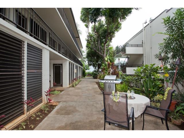 Makikian condo # 105, Honolulu, Hawaii - photo 5 of 25