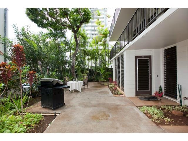 Makikian condo # 105, Honolulu, Hawaii - photo 7 of 25