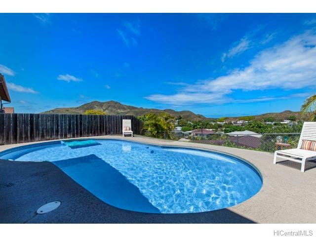 1193  Mapuana St Keolu Hills, Kailua home - photo 3 of 25