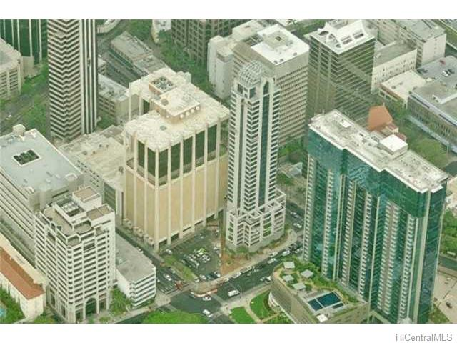 The Pinnacle Honolulu condo #18B, Honolulu, Hawaii - photo 1 of 8