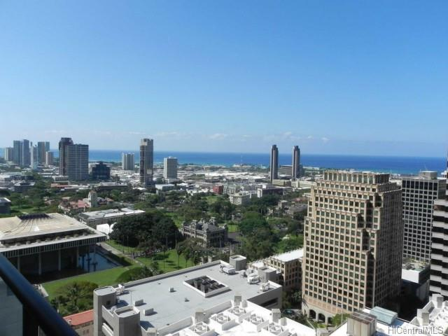 The Pinnacle Honolulu condo #33, Honolulu, Hawaii - photo 1 of 13
