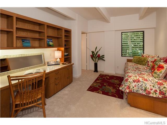 120  Hanupaoa Pl Manoa Area, Honolulu home - photo 10 of 20