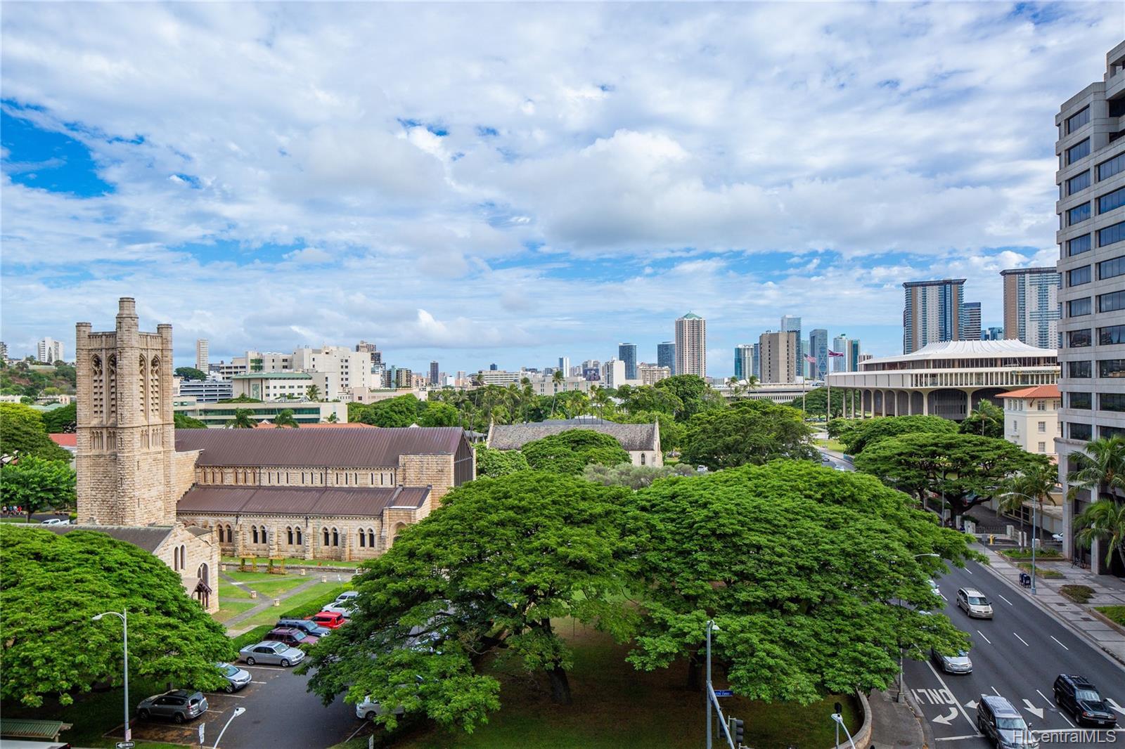 Capitol Place condo # 3604, Honolulu, Hawaii - photo 12 of 15