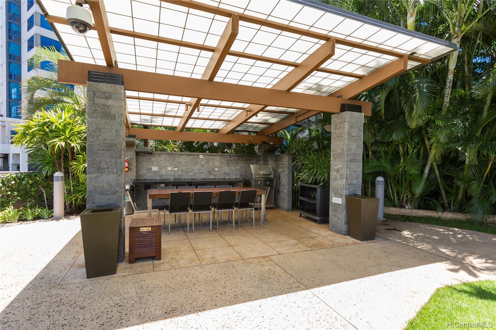 Capitol Place condo # 3604, Honolulu, Hawaii - photo 13 of 15
