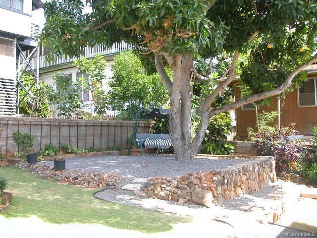 1203  Ukana St Aliamanu, Honolulu home - photo 4 of 10