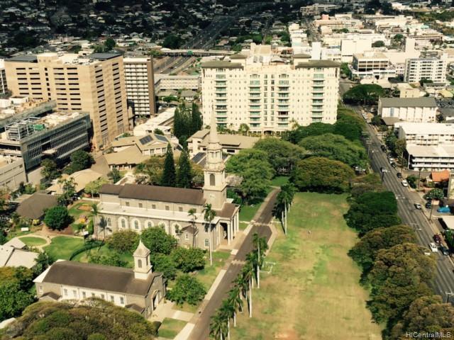 Banyan Tree Plaza condo # 3601, Honolulu, Hawaii - photo 11 of 18