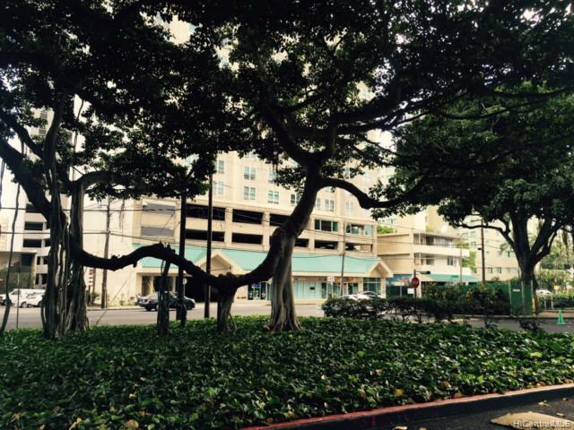 Banyan Tree Plaza condo # 3601, Honolulu, Hawaii - photo 17 of 18