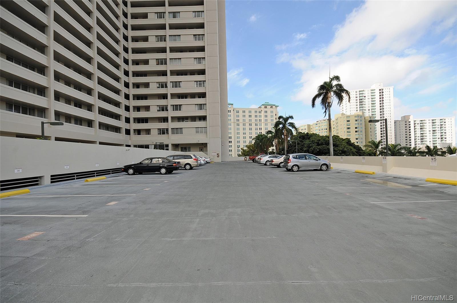 Banyan Tree Plaza condo # 704, Honolulu, Hawaii - photo 25 of 25