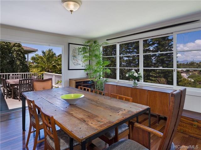1226  Mamalu St Alewa Heights, Honolulu home - photo 2 of 14
