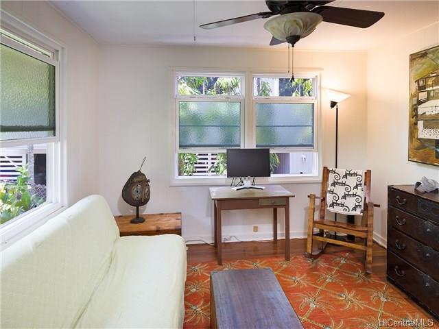 1226  Mamalu St Alewa Heights, Honolulu home - photo 7 of 14