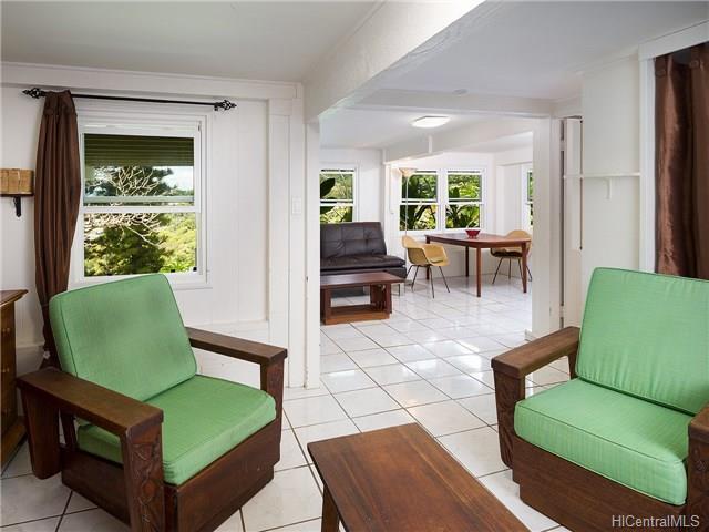 1226  Mamalu St Alewa Heights, Honolulu home - photo 8 of 14