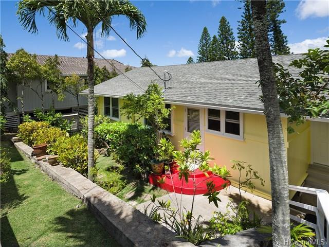 1226  Mamalu St Alewa Heights, Honolulu home - photo 10 of 14