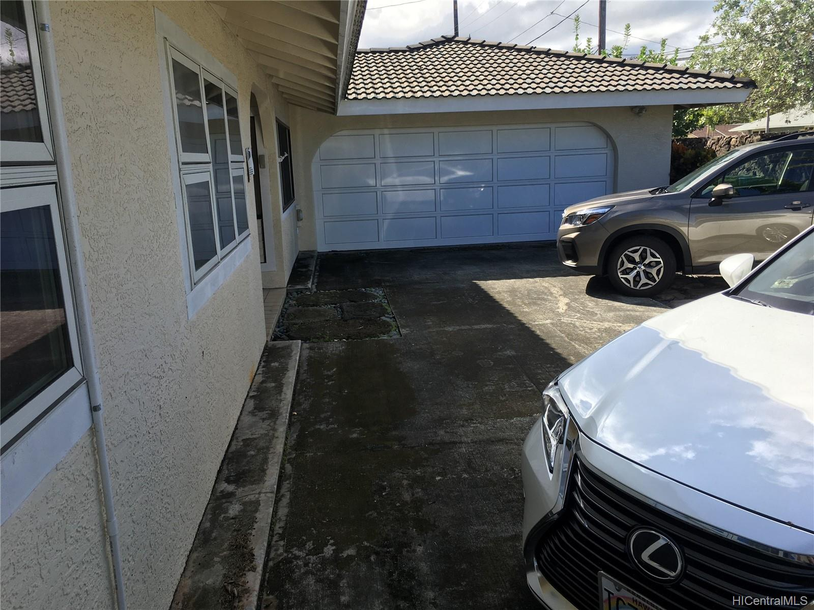 123  Ainoni Street Kalama Tract, Kailua home - photo 7 of 25