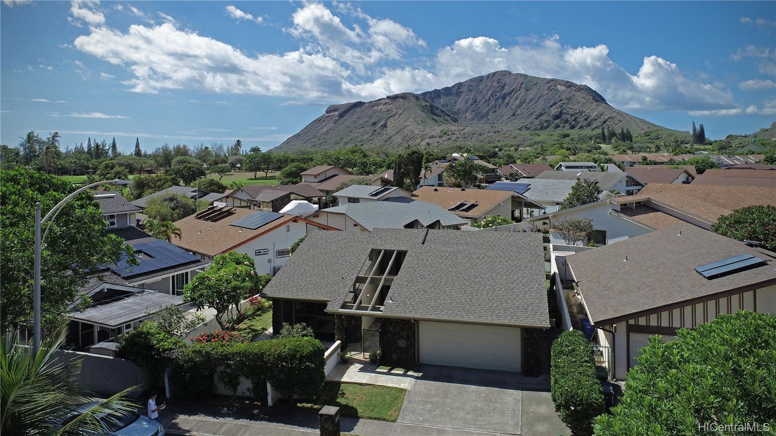 1237  Mokuhano Street Kalama Valley, Hawaii Kai home - photo 1 of 25