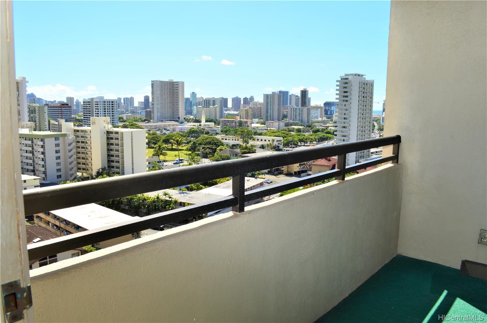 1251 Heulu condo # PH4, Honolulu, Hawaii - photo 9 of 24