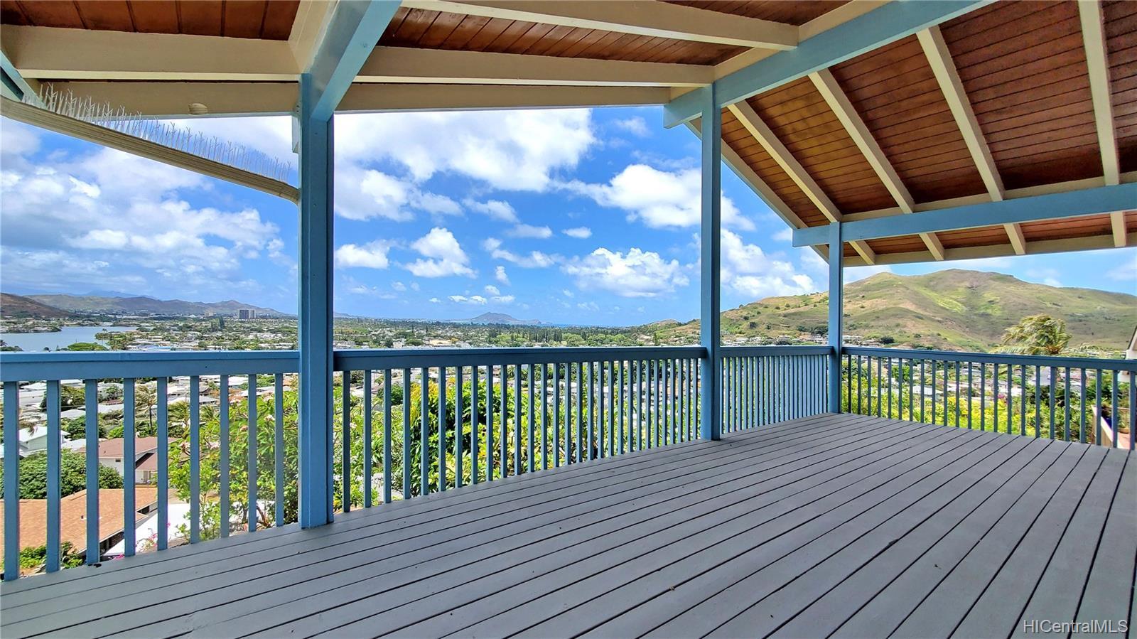 1254  Aulepe Street Hillcrest, Kailua home - photo 9 of 25
