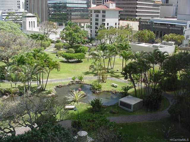 Kukui Plaza condo # E1610, Honolulu, Hawaii - photo 2 of 8