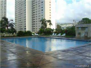 Kukui Plaza condo # E1610, Honolulu, Hawaii - photo 4 of 8