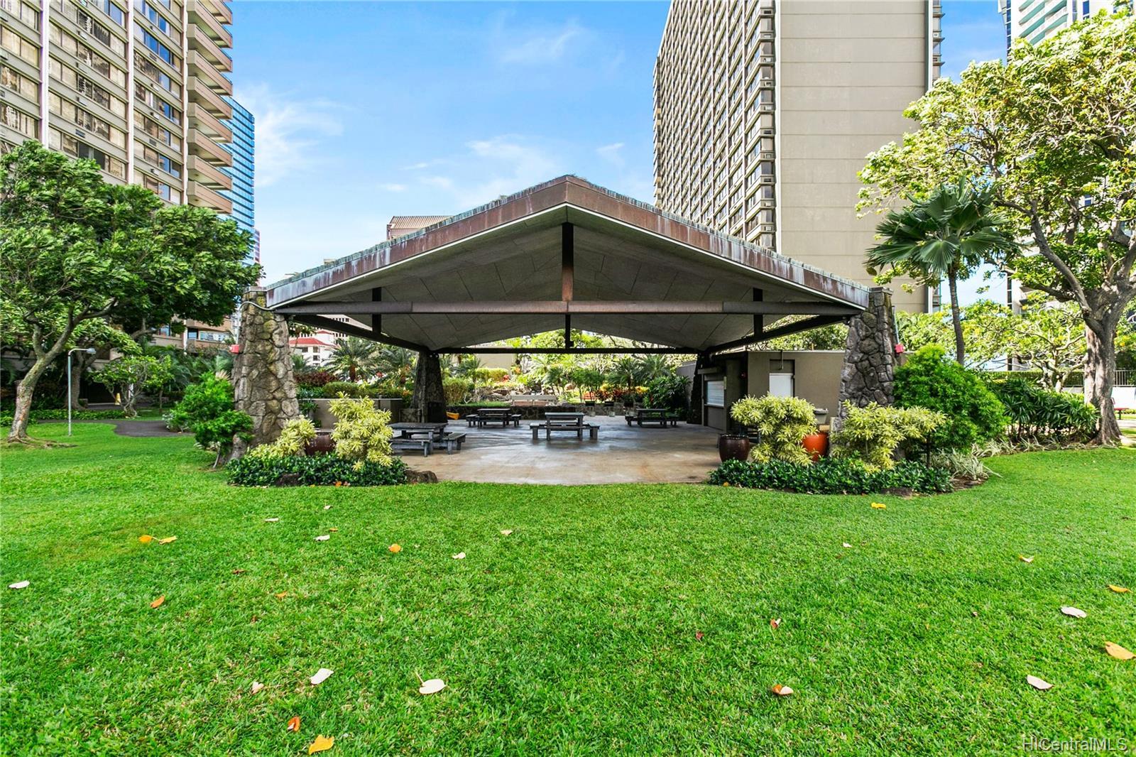 Kukui Plaza condo # E2107, Honolulu, Hawaii - photo 16 of 17