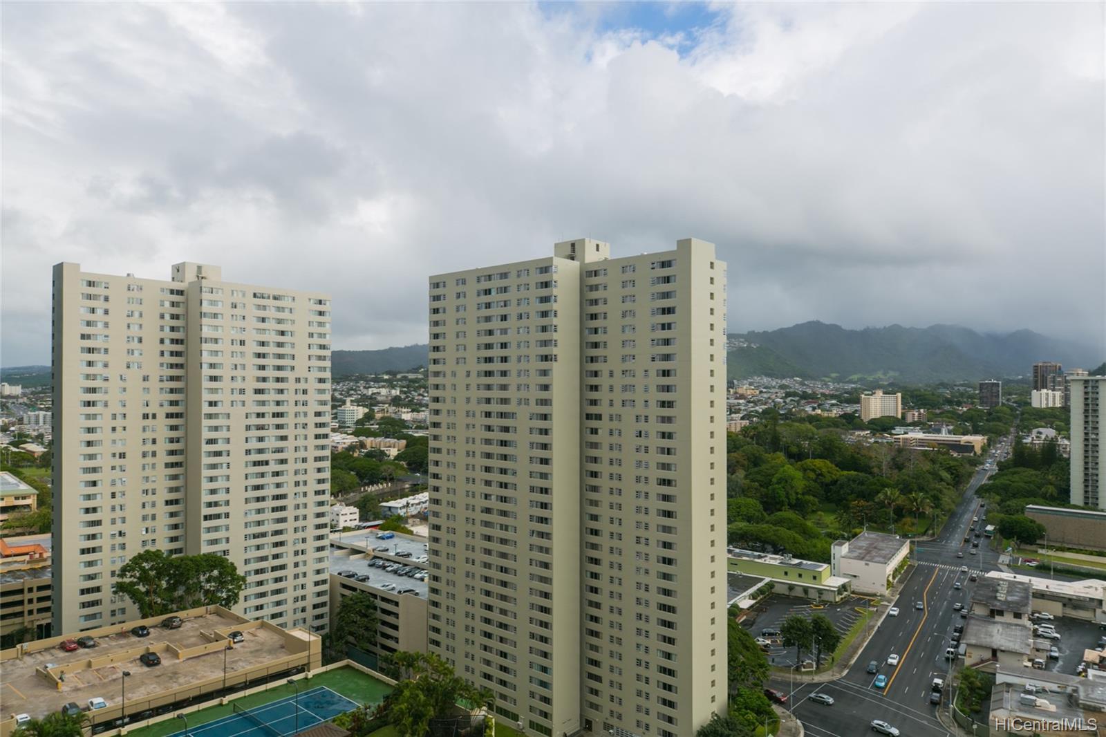 Kukui Plaza condo # #E2206, Honolulu, Hawaii - photo 13 of 23