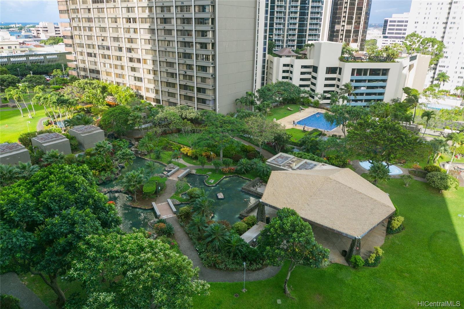 Kukui Plaza condo # #E2206, Honolulu, Hawaii - photo 15 of 23