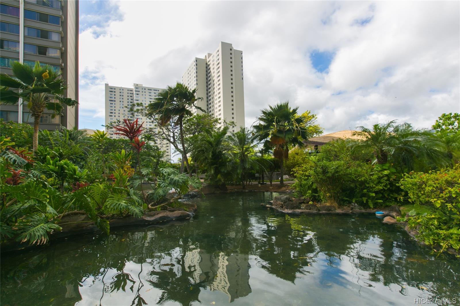 Kukui Plaza condo # #E2206, Honolulu, Hawaii - photo 20 of 23