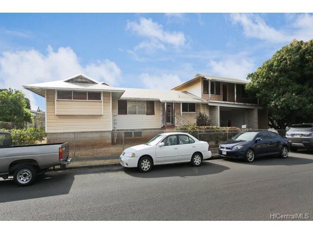 1257 Kanewai St University, Honolulu home - photo 1 of 10