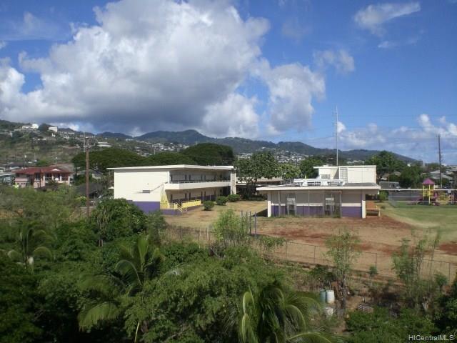 1260 Richard Ln condo # Mauka B411, Honolulu, Hawaii - photo 10 of 12