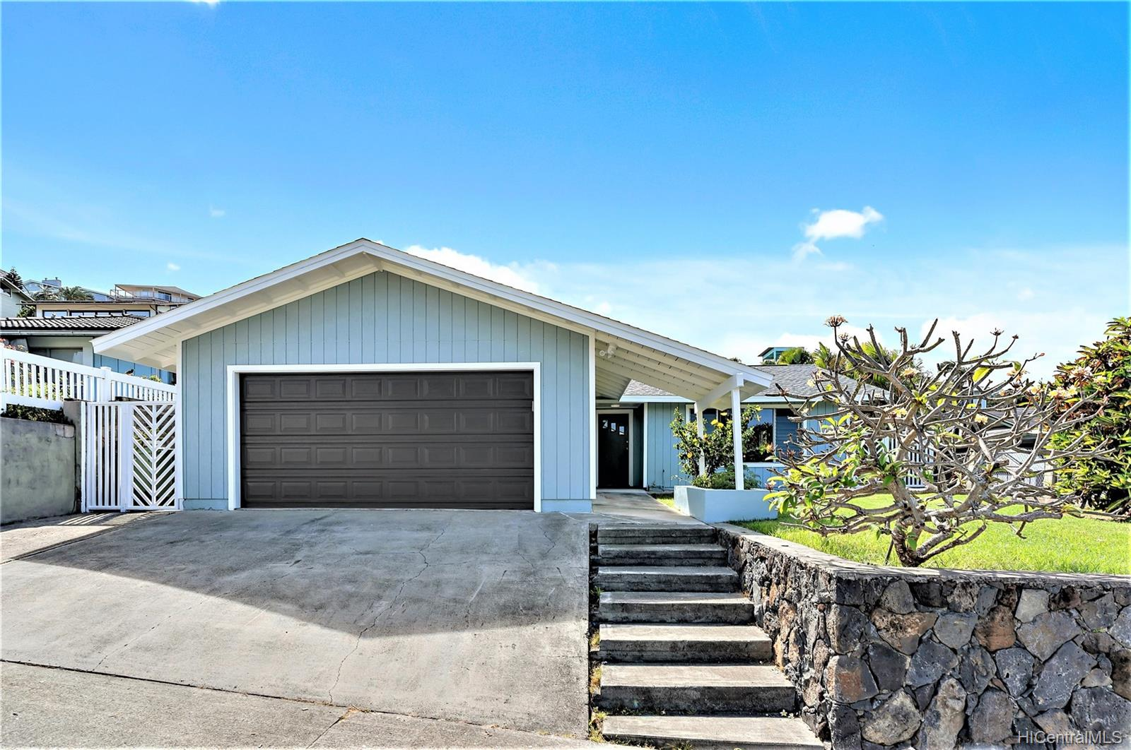 1272  Kina Street Keolu Hills, Kailua home - photo 1 of 23