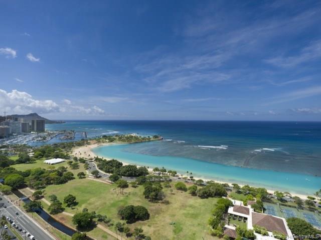Hokua At 1288 Ala Moana condo # 33D, Honolulu, Hawaii - photo 1 of 8