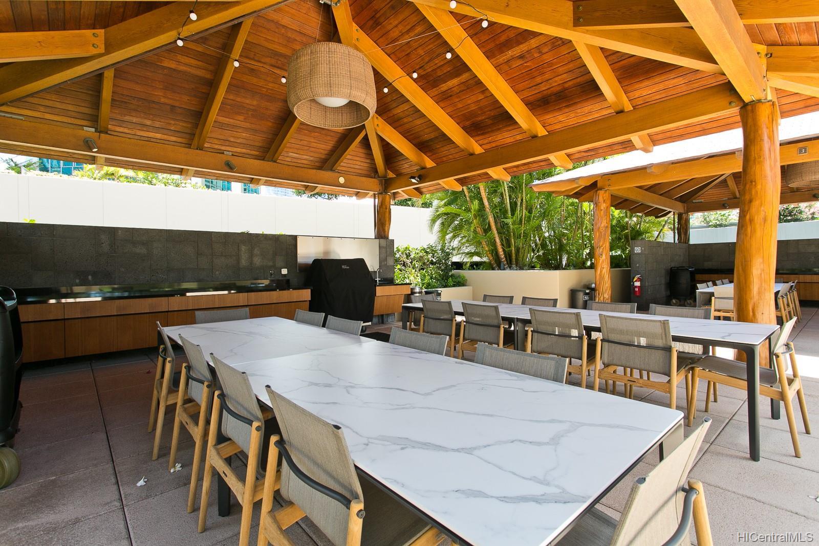 Hokua At 1288 Ala Moana condo # 9A, Honolulu, Hawaii - photo 23 of 25