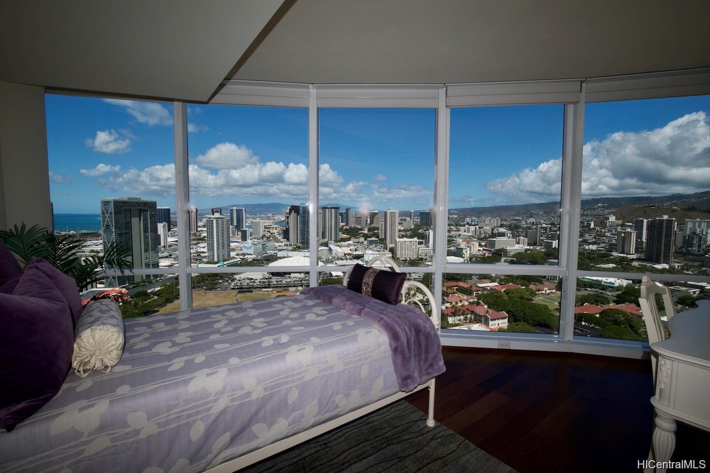 1296 Kapiolani Blvd Honolulu - Rental - photo 8 of 10