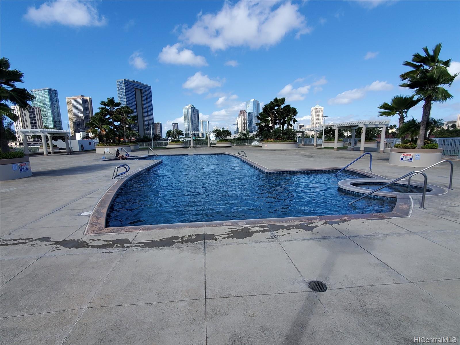 Moana Pacific condo # II-2802, Honolulu, Hawaii - photo 13 of 19