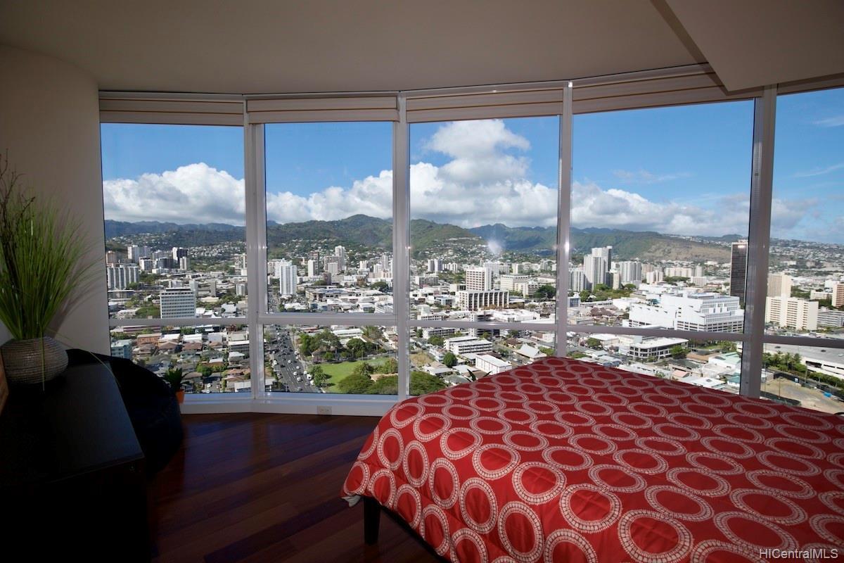 Moana Pacific condo # II 3403, Honolulu, Hawaii - photo 8 of 15