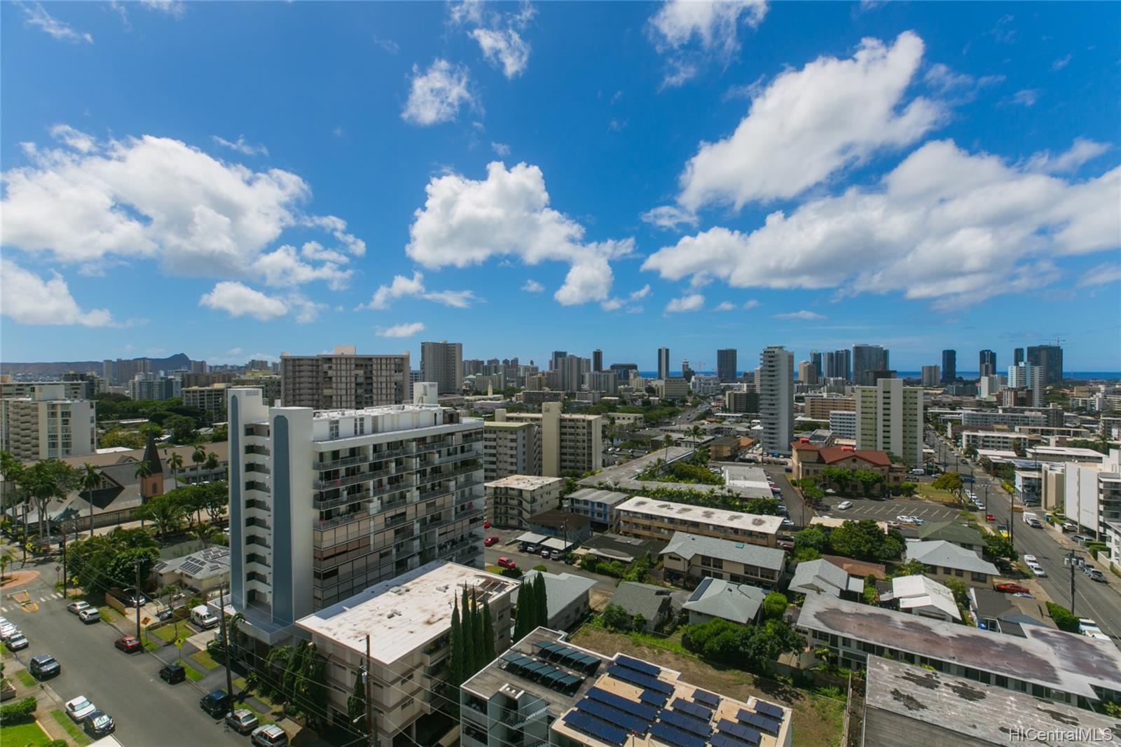 Makiki Royal condo # 1602, Honolulu, Hawaii - photo 12 of 17