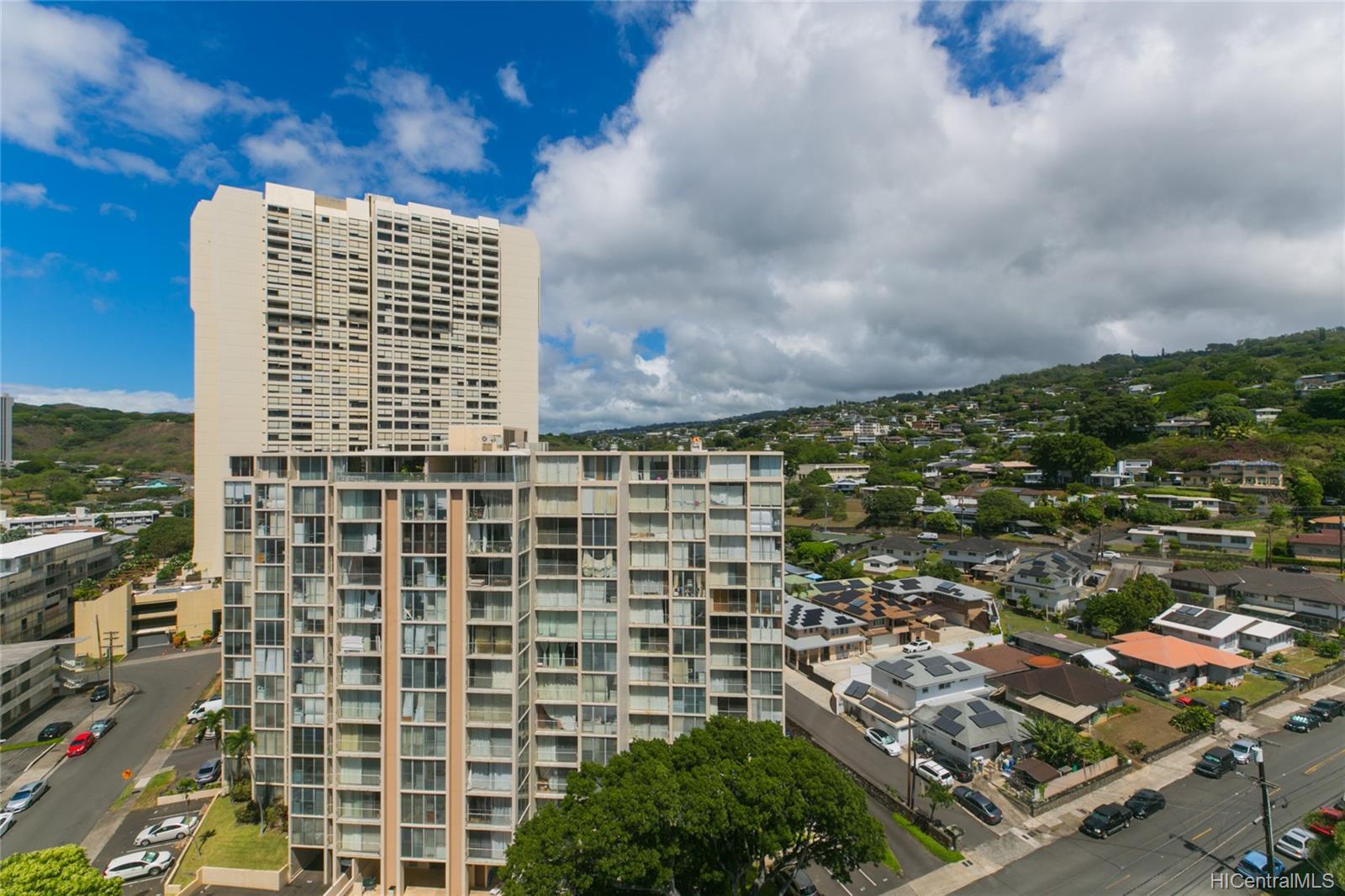 Makiki Royal condo # 1602, Honolulu, Hawaii - photo 13 of 17