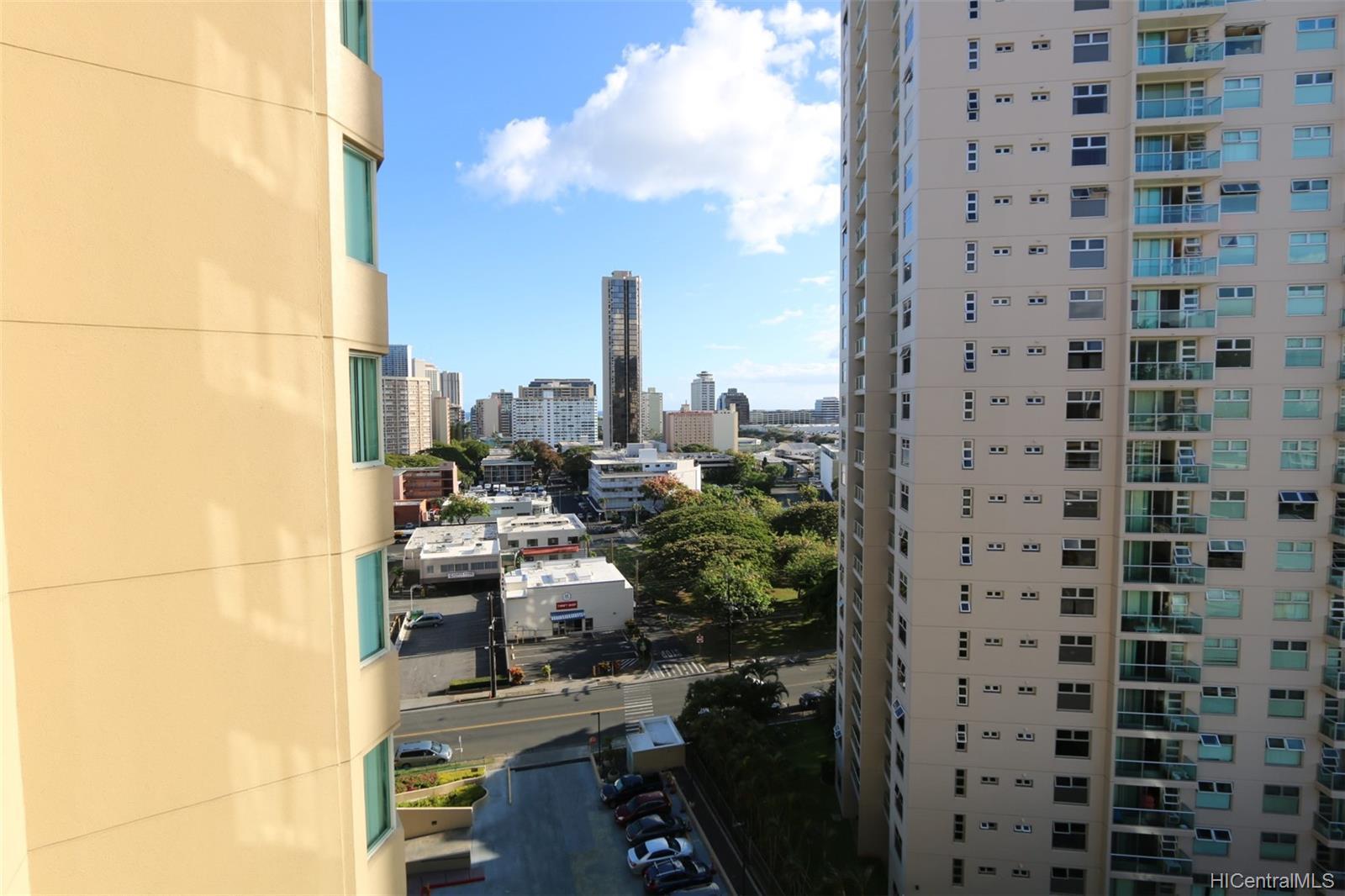 One Kalakaua condo # 1110, Honolulu, Hawaii - photo 9 of 21