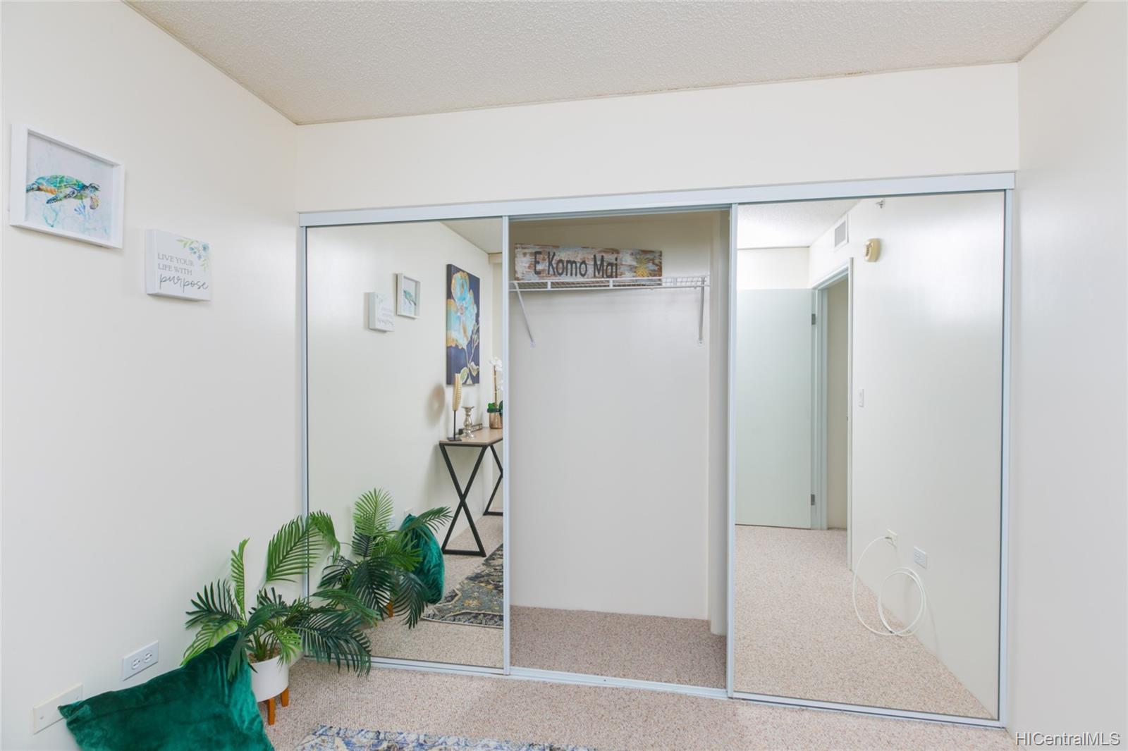 One Kalakaua Senior Living condo # 604, Honolulu, Hawaii - photo 15 of 25