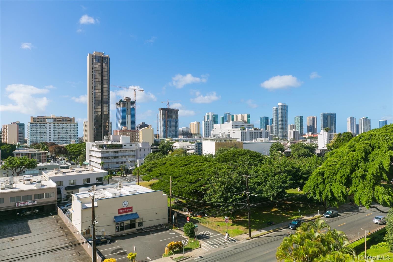One Kalakaua Senior Living condo # 604, Honolulu, Hawaii - photo 18 of 25
