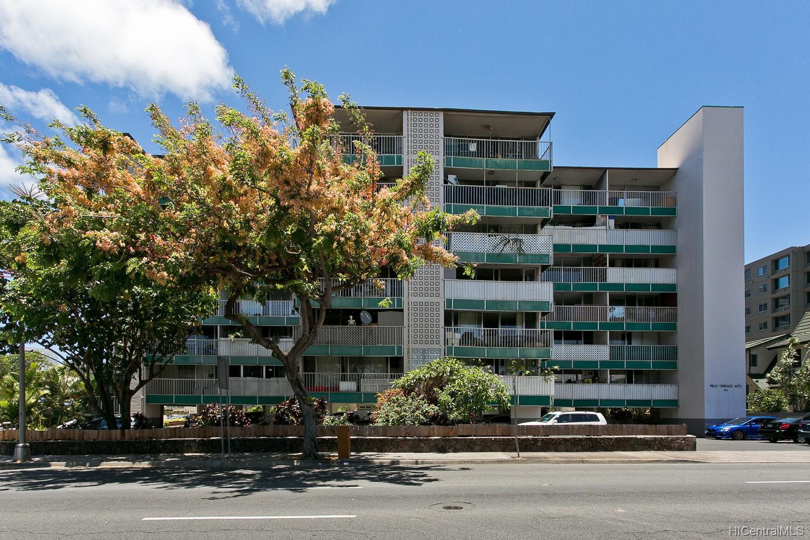 Piikoi Terrace condo # 405, Honolulu, Hawaii - photo 19 of 20