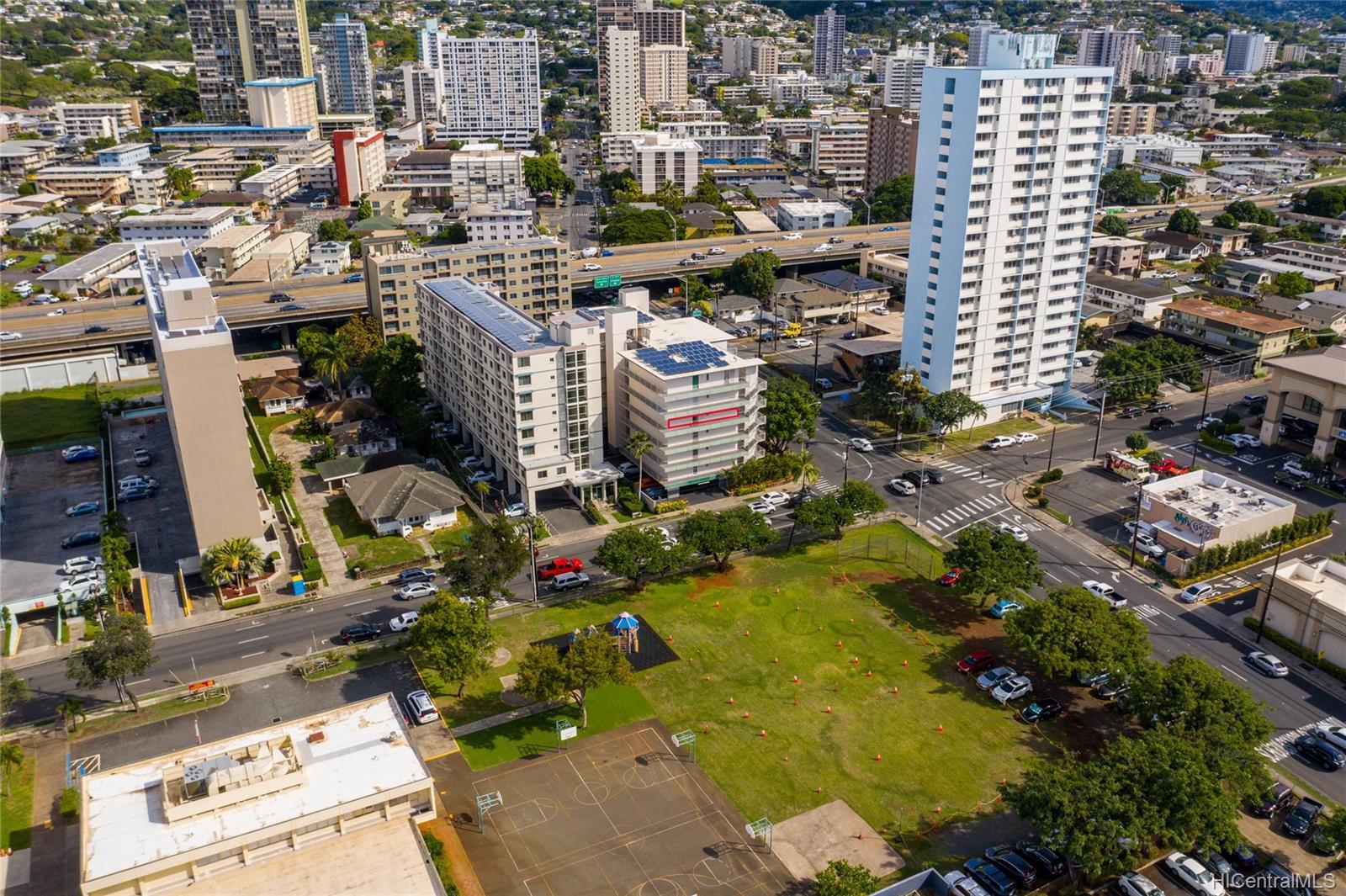 Piikoi Terrace condo # 501, Honolulu, Hawaii - photo 17 of 24