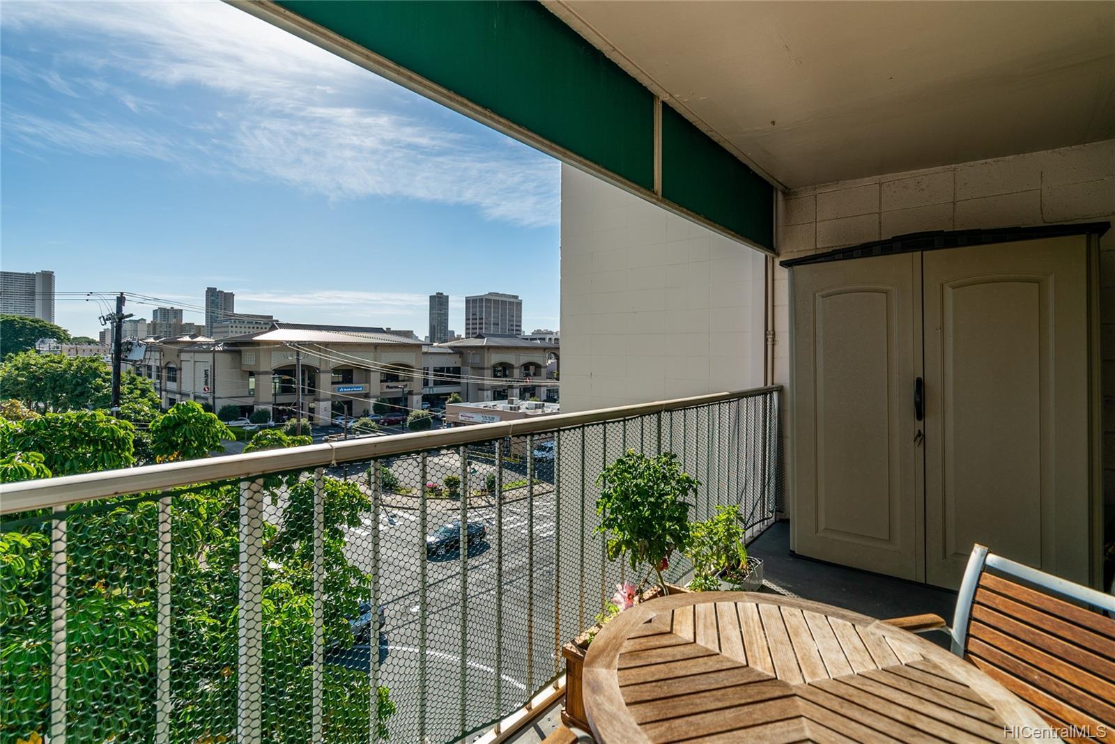 Piikoi Terrace condo # 501, Honolulu, Hawaii - photo 10 of 24