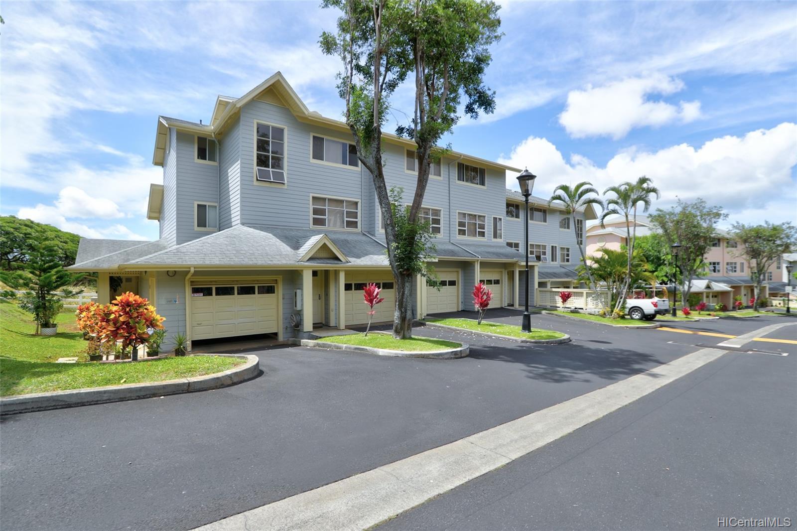 1317C Moanalualani Way townhouse # 13C, Honolulu, Hawaii - photo 2 of 24