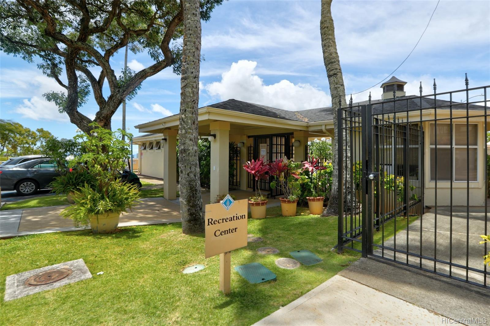 1317C Moanalualani Way townhouse # 13C, Honolulu, Hawaii - photo 22 of 24