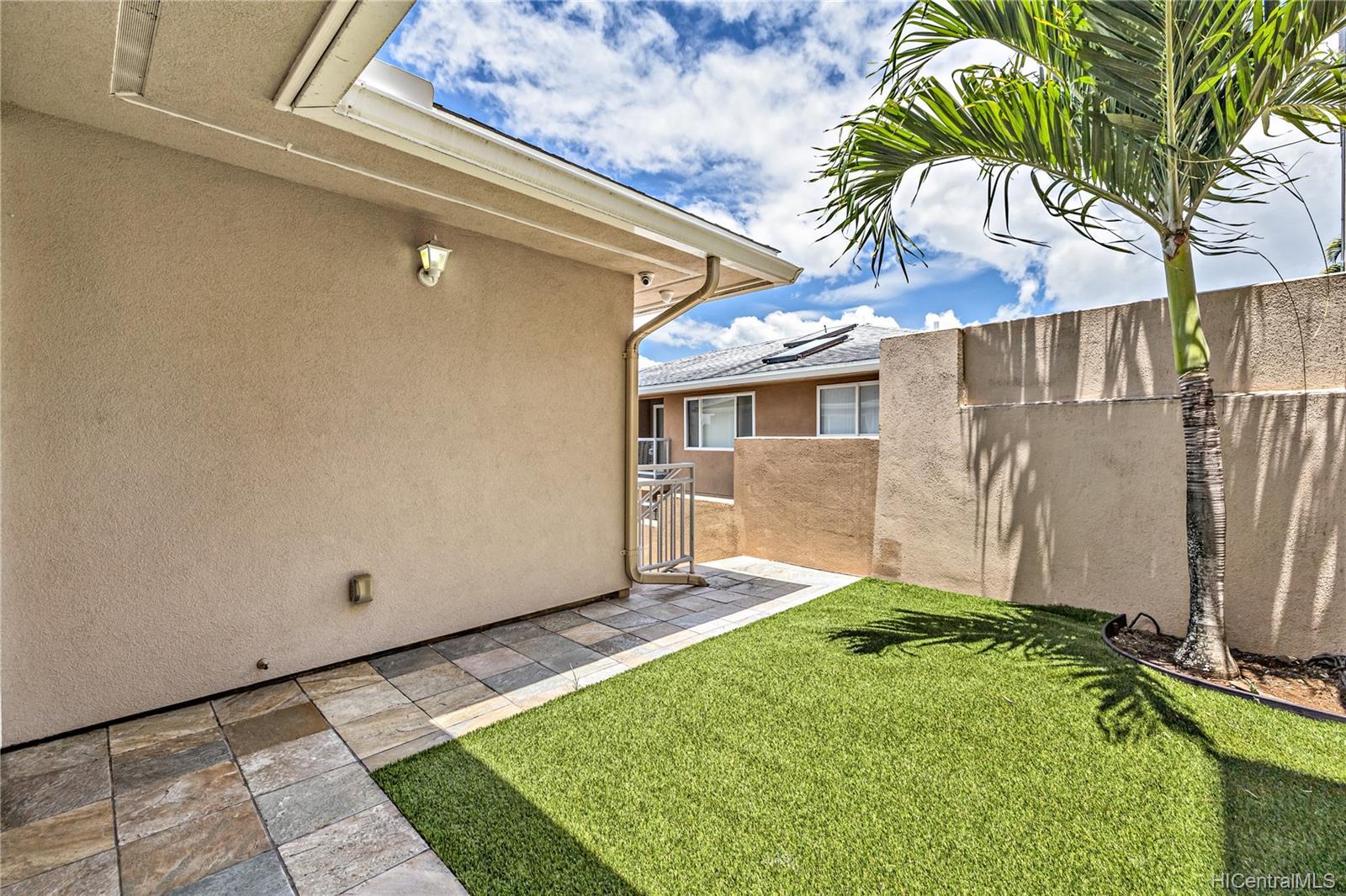 132  Prospect Street Punchbowl Area, Honolulu home - photo 21 of 25